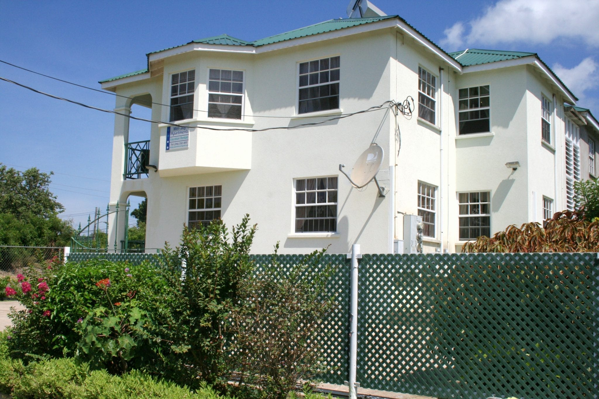 Miri-Joy Apartments Barbados - your ideal location, in a local community for a tranquil Caribbean vacation.