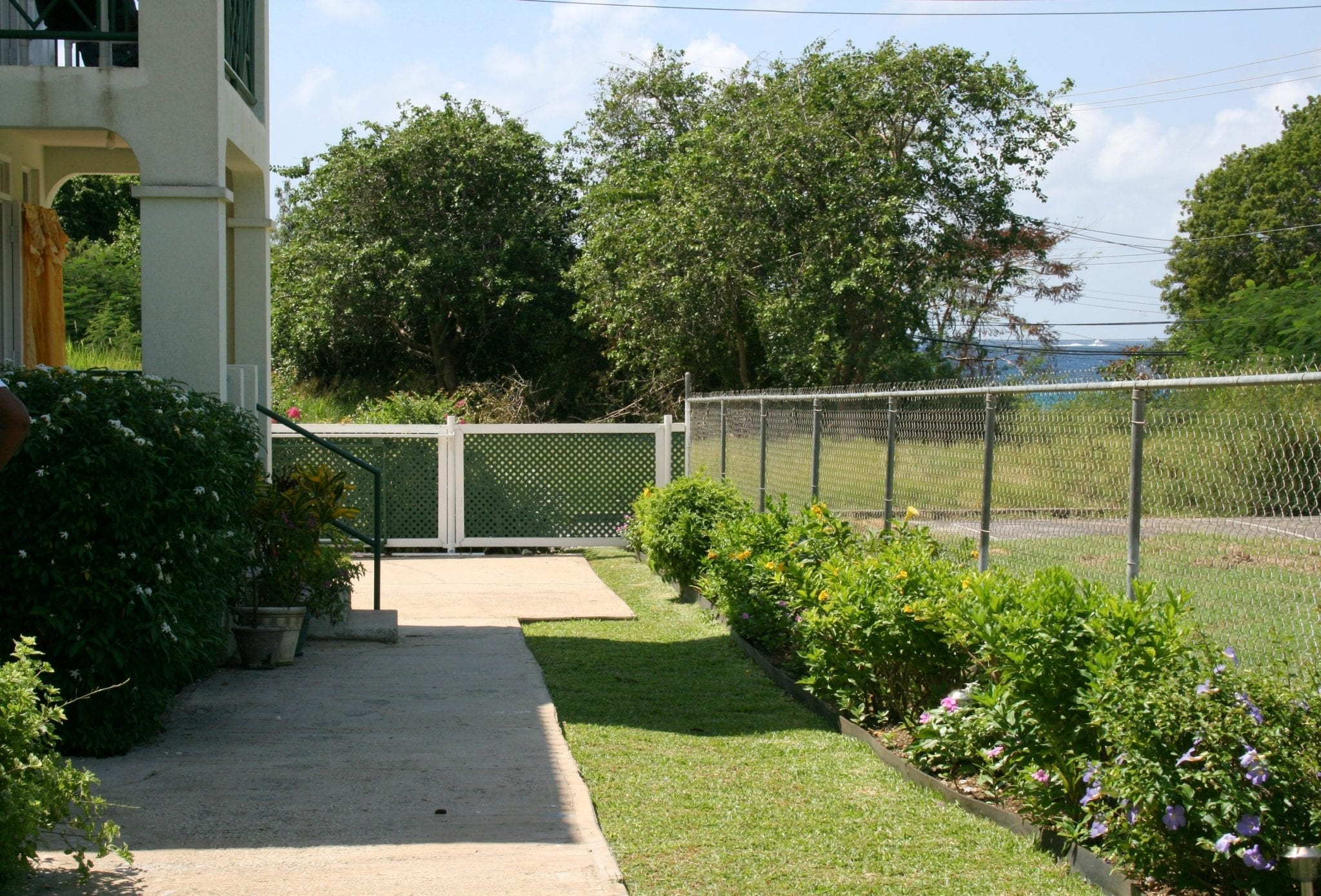 Well-tended gardens - Miri-Joy Apartments Barbados.
