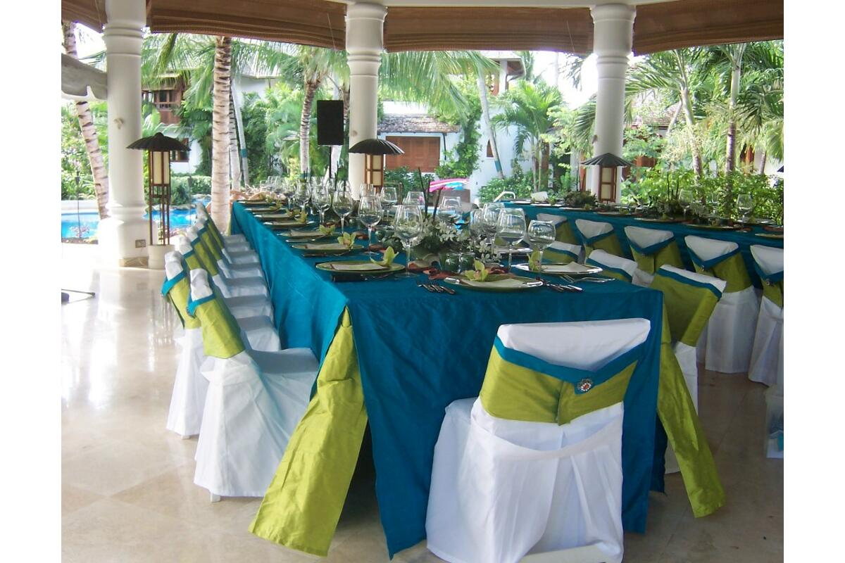 Be it simple or extravagant, Barbados Weddings…beyond your imagination will provide the perfect décor.