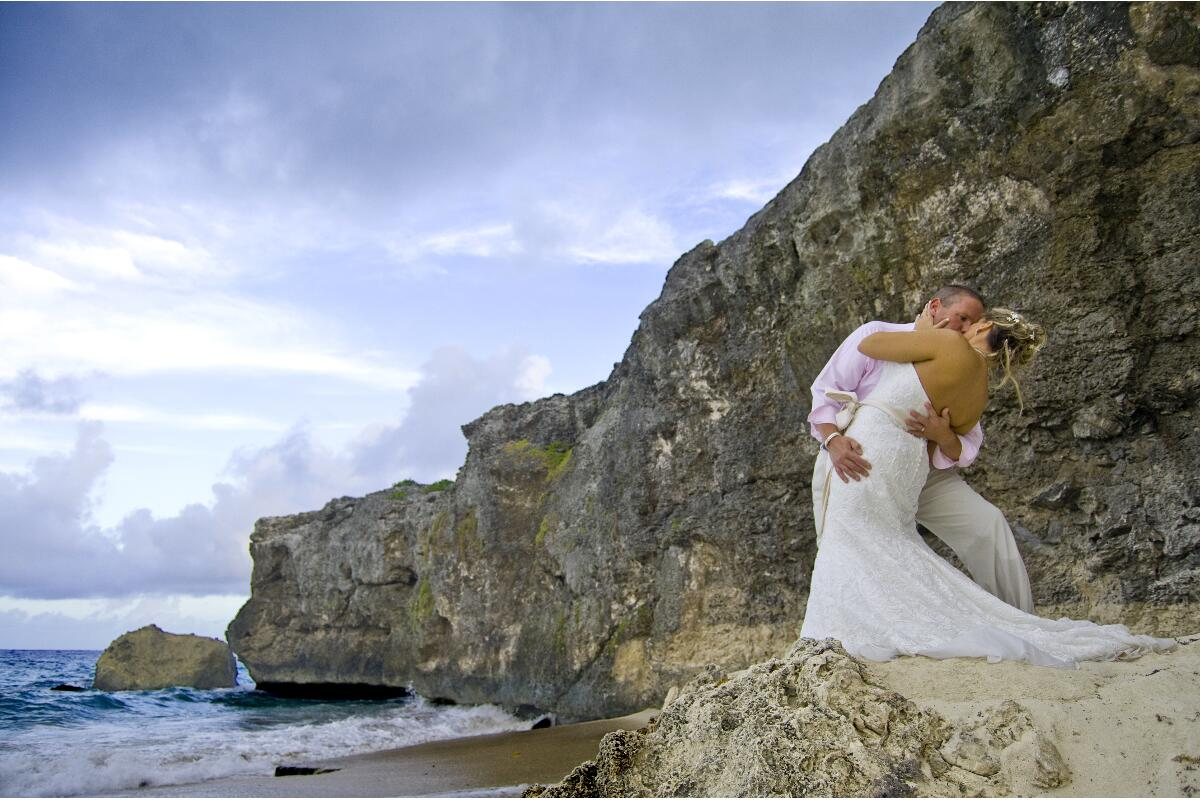 Let Barbados Weddings…beyond your imagination fulfil your Barbados beach wedding fantasy.
