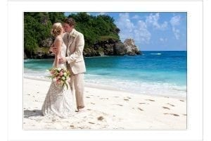 Have a picture perfect wedding day on a picture perfect Barbados beach with Barbados Weddings…beyond your imagination!!
